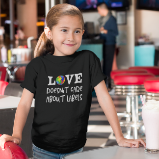 Love doesn't care about labels Kids T-Shirt